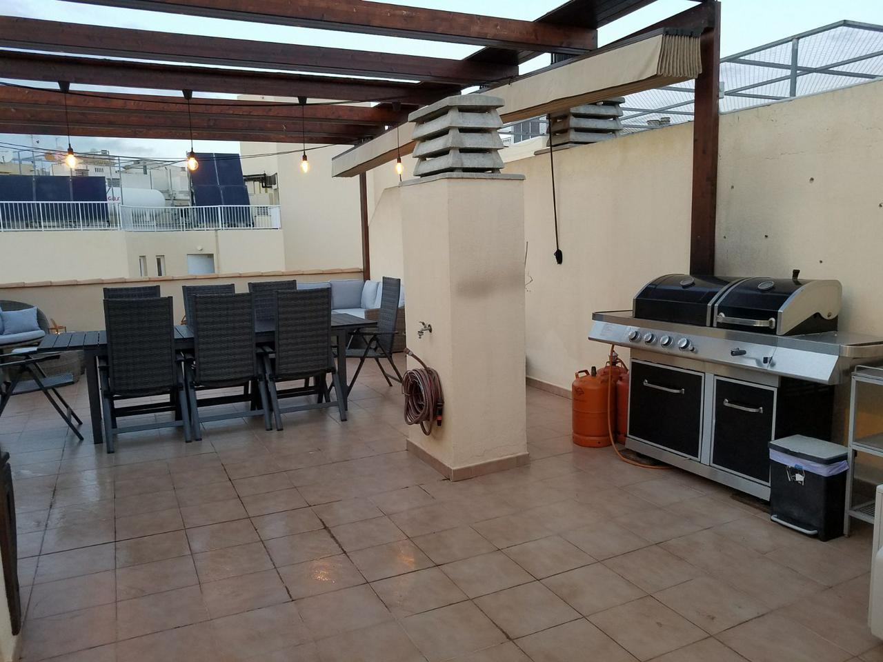 Apartment -                                       Alfaz Del Pi -                                       3 bedrooms -                                       0 persons