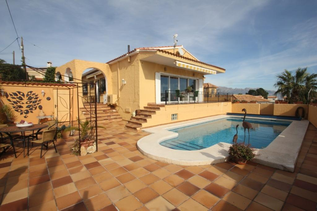 Villa -                                       La Nucia -                                       4 bedrooms -                                       0 persons