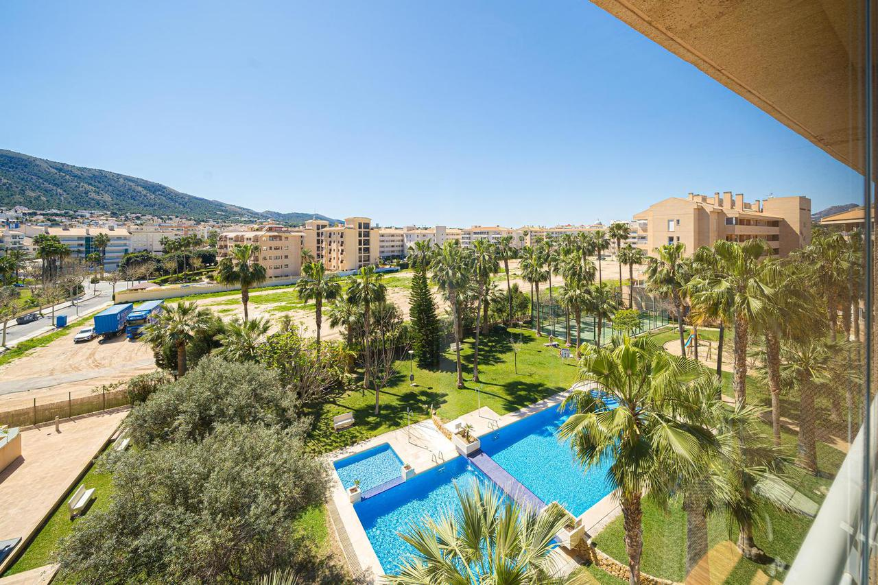 Penthouse -                                       Playa De Albir -                                       2 bedrooms -                                       4 persons