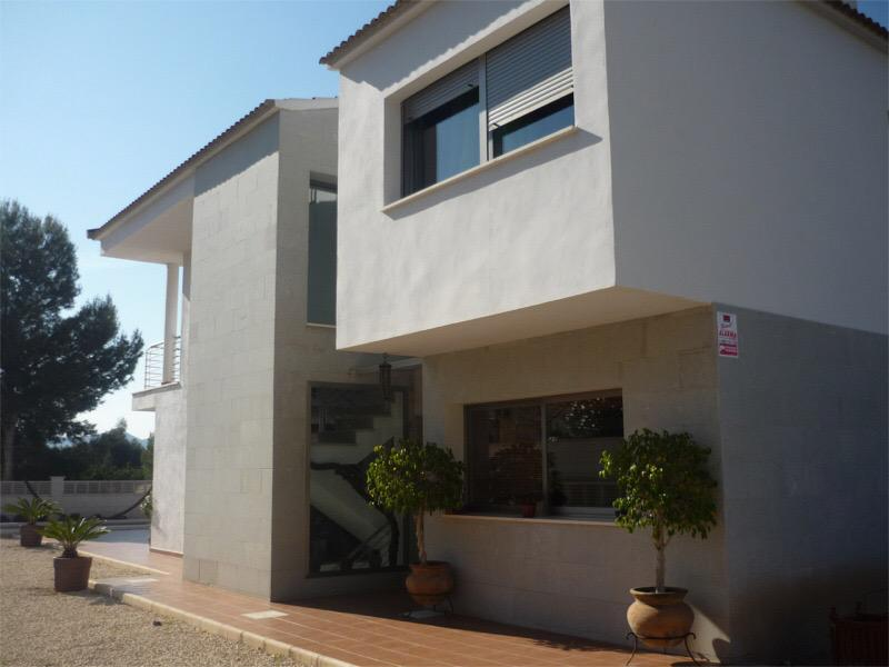 Villa -                                       Playa De Albir -                                       3 bedrooms -                                       0 persons