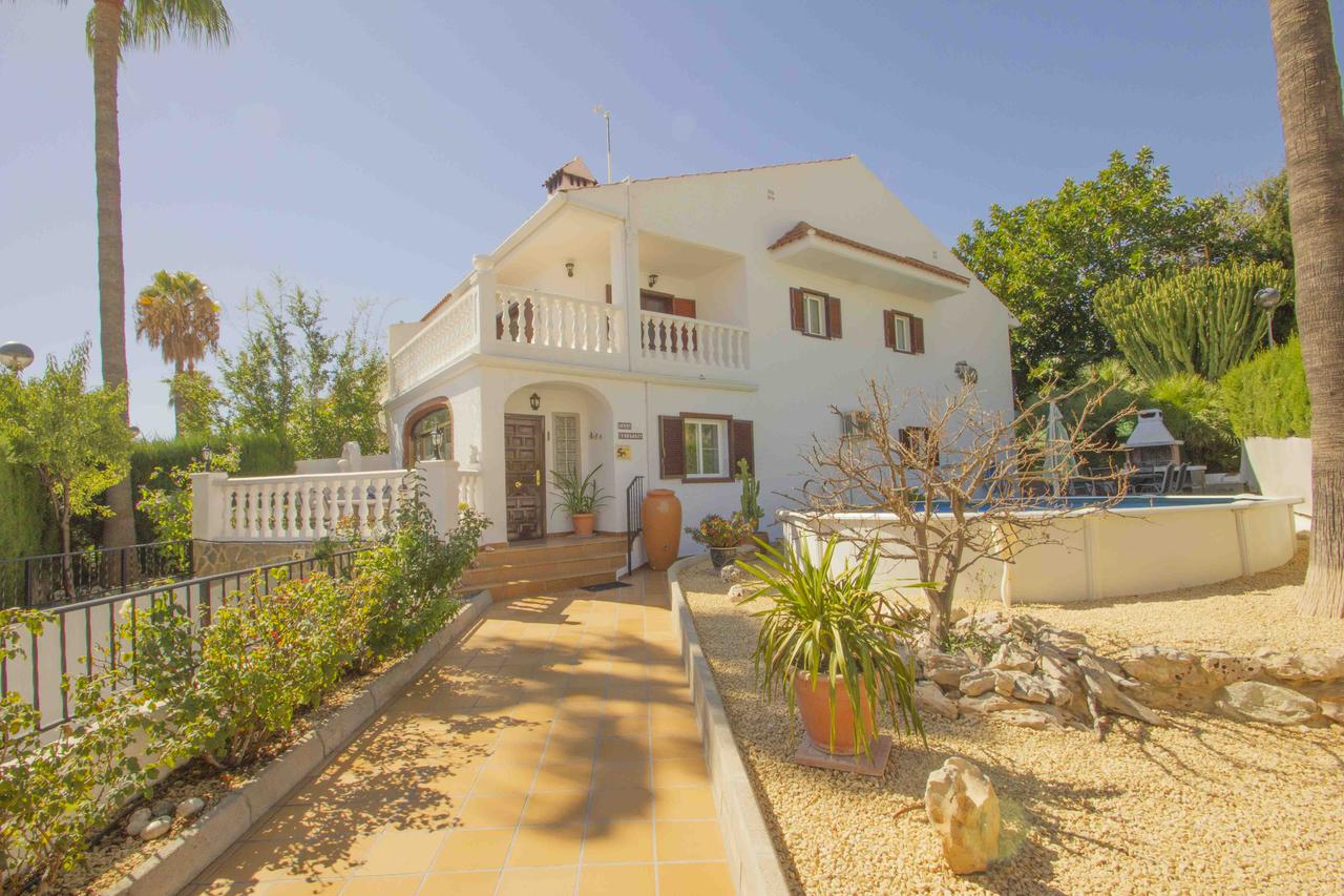 Bungalow -                                       Alfaz Del Pi -                                       5 bedrooms -                                       0 persons